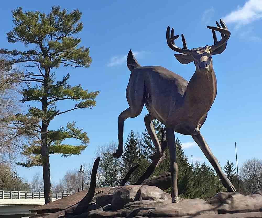 buck statue